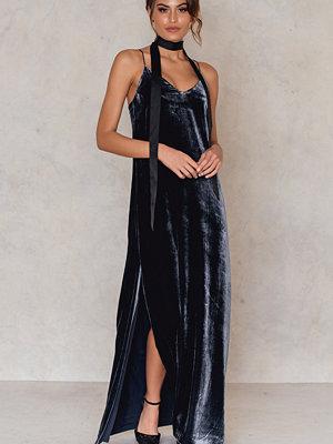 Festklänningar - Filippa K Velvet Strap Dress