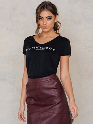 Hunkydory Branded T