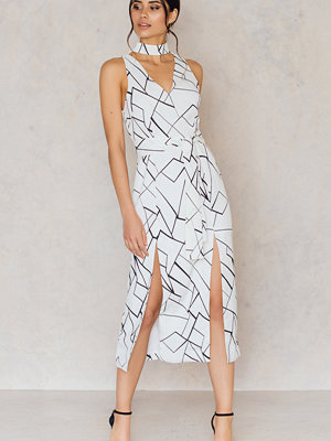 Lavish Alice Abstract Keyhole Tie Belt Double Split Dress