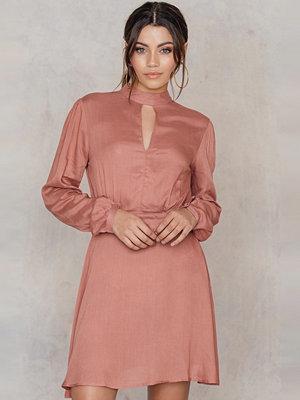 Rut & Circle Cordelia dress rosa