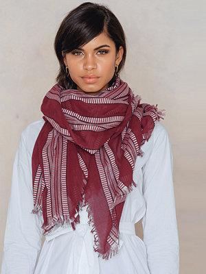 Halsdukar & scarves - FARINA for NA-KD Drape Around Scarf