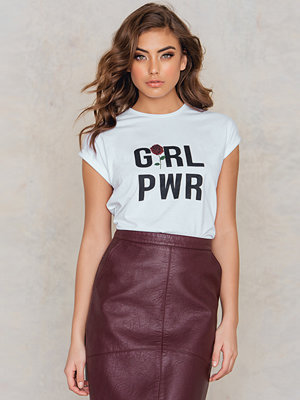 Josefin Ekström for NA-KD GRL PWR Rose T-shirt