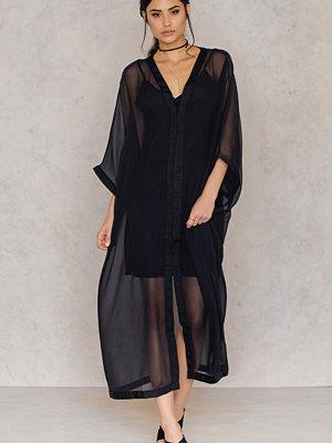 NA-KD Boho Solid Chiffon Dress