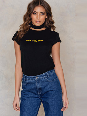 NA-KD Trend Your Loss Babe Tee