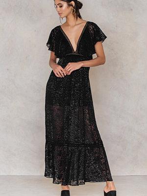 NA-KD Boho Burnout Dress