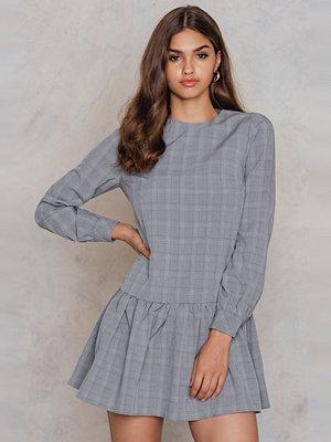 Glamorous Ruffle Long Sleeve Dress