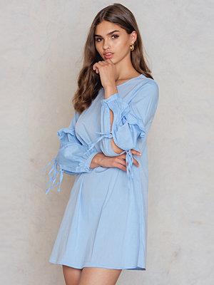 Glamorous Ruffle Sleeve Dress