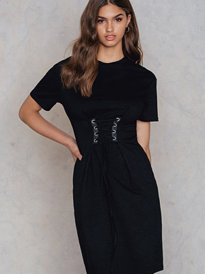 Glamorous Tie Front Tee Dress