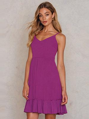 Trendyol Bottom Frill Dress - Festklänningar
