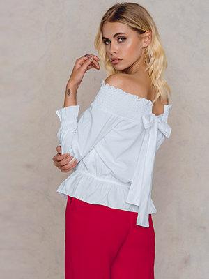 Trendyol Beyaz Off Shoulder Blouse