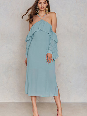 NA-KD Boho Frill A-neck Midi Dress grön
