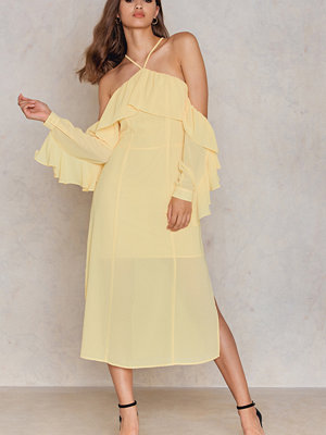 NA-KD Trend Frill A-neck Midi Dress