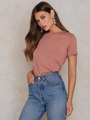 NA-KD Basic Bas-T-Shirt rosa
