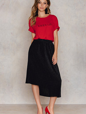 NA-KD Party Asymmetric Pleated Sparkle Skirt