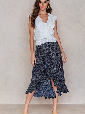 FARINA for NA-KD Flounce Overlap Skirt