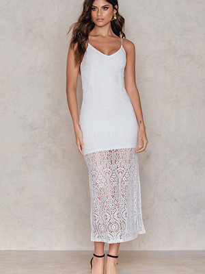 NA-KD Boho V-neck Side Slit Maxi Dress
