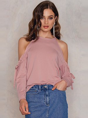 Boohoo Cold Shoulder Ruffle Sweat