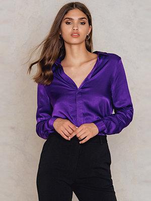 NA-KD Trend Satin Shirt