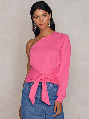 NA-KD Trend One Shoulder Tied Waist Sweater