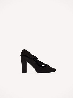 NA-KD Shoes Ruffle Mid Heel Pump svart
