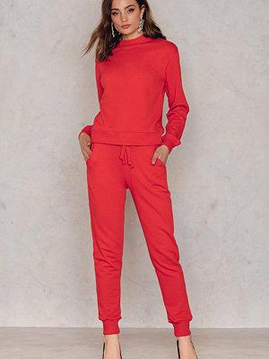 NA-KD Basic röda byxor Basic Sweatpants
