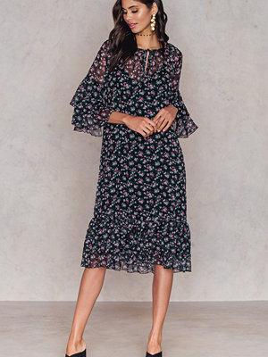 NA-KD Boho Layered Dress