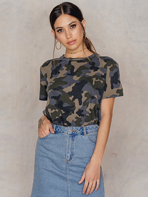 NA-KD Trend Oversized Army Tee