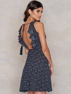 FARINA for NA-KD Flounce Open Back Tassel Dress