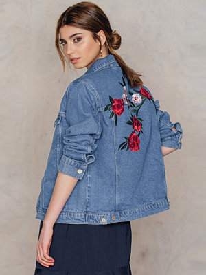 NA-KD Flower Embroidery Denim Jacket blå