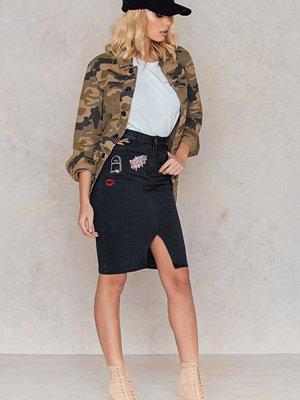 Kjolar - NA-KD Patched Split Front Denim Skirt