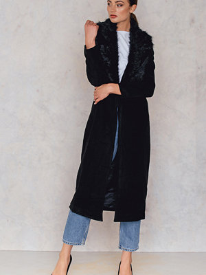 Kappor - Glamorous Maxi Coat With Faux Collar