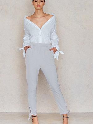 Lavish Alice ljusgrå byxor Cuff Detail Tailored Joggers
