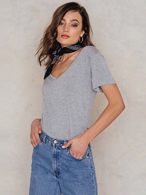 Rut & Circle Julia Cross Tee