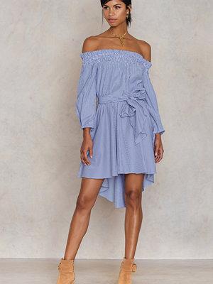 Trendyol Mavi Off Shoulder Dress