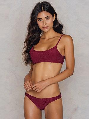 Hot Anatomy Wrinkled Bikini Panty