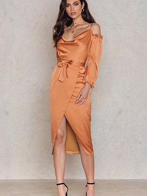 Lavish Alice Satin Bardot Tie Midi Dress