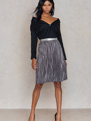Rut & Circle Nina pleat skirt