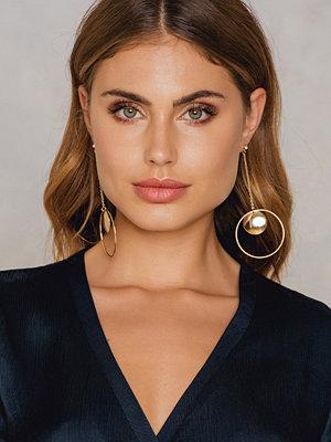 NA-KD Accessories örhängen Hanging Circle Block Earring