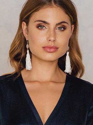 Tranloev smycke One Stone Tassel Earring vit
