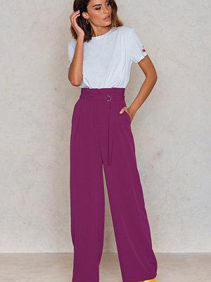 NA-KD Trend lila byxor Paperbag Waist Wide Pants