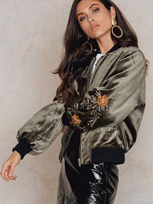 NA-KD Velvet Sleeve Embroidery Jacket