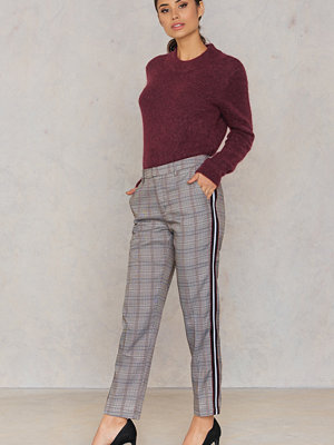 Sisters Point grå rutiga byxor Larna Pants