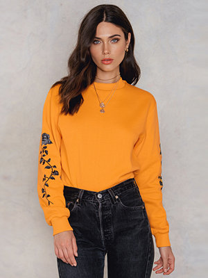 NA-KD Rose Embroidery Sleeve Sweater orange