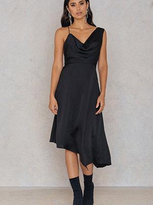 Keepsake Sidelines Midi Dress