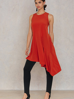 Trendyol Asymmetric Frill Dress röd orange