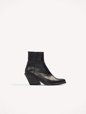 Henry Kole Evie Boots