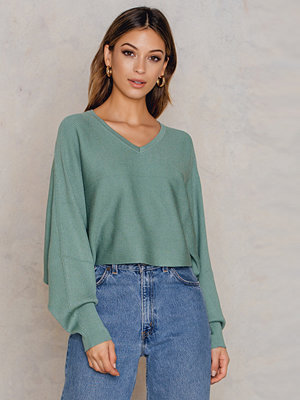 NA-KD Trend Short Batwing Sweater