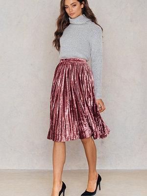 True Decadence Velvet Ruffle Skirt