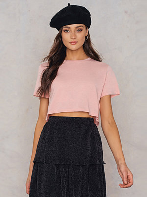 NA-KD Basic Oversized Cropped Tee rosa