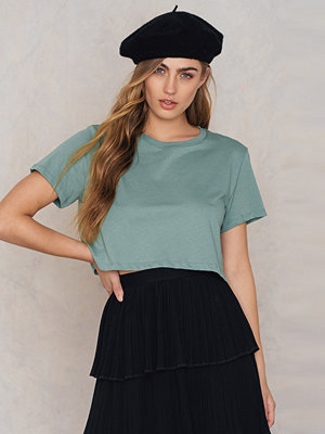 T-shirts - NA-KD Basic Oversized Cropped Tee grön